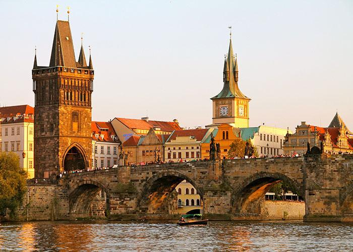 Достопримечательности Праги: Карлов мост