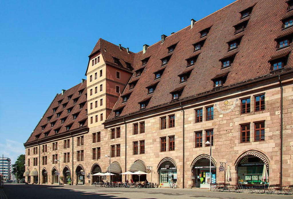 здание таможни Mauthalle Нюрнберг