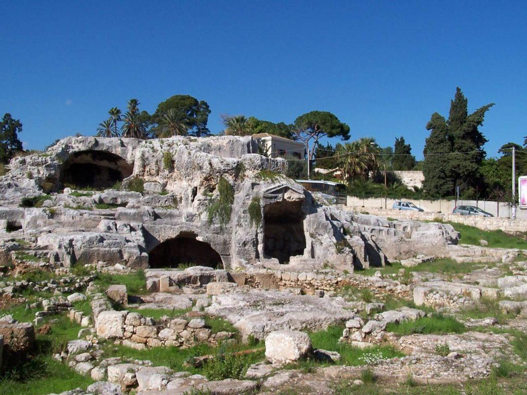 гробница Архимеда в Сиракузах