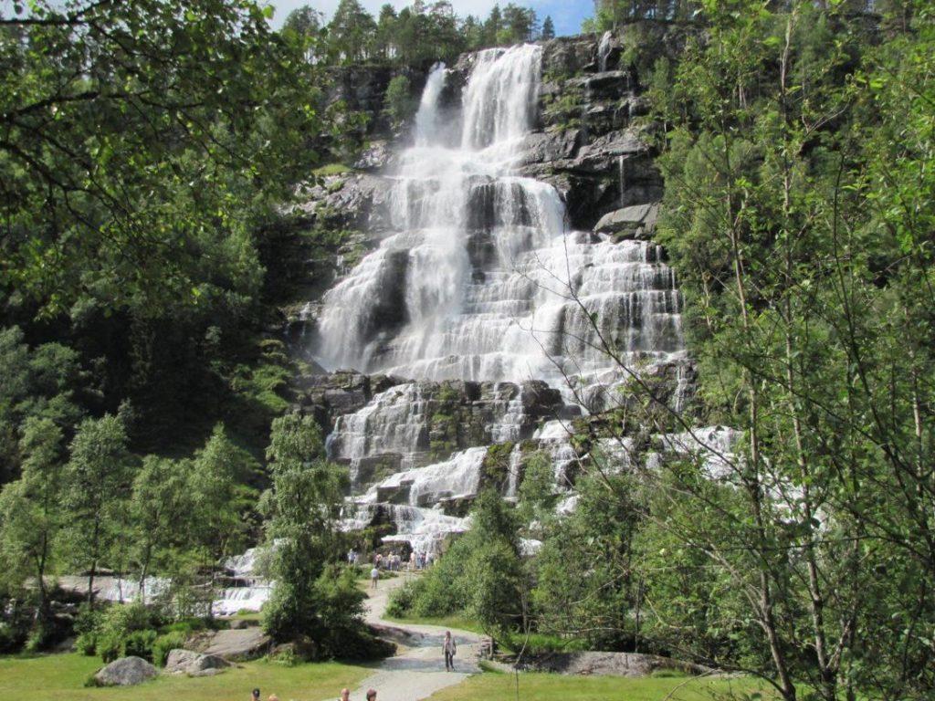 водопад Твиндефоссен в Норвегии