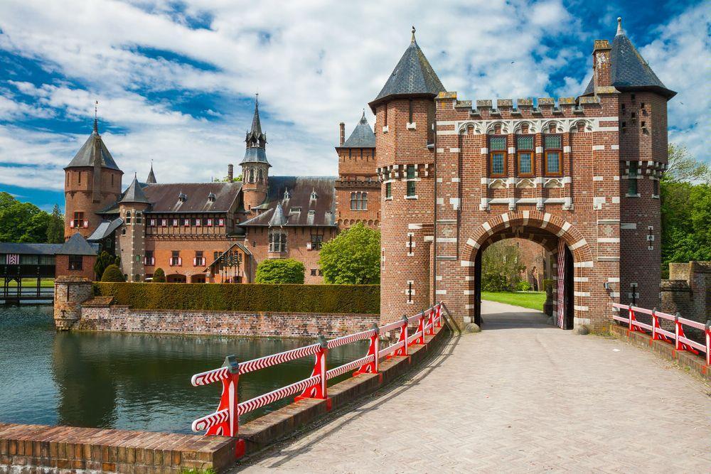 Замок Де Хаар в Утрехте