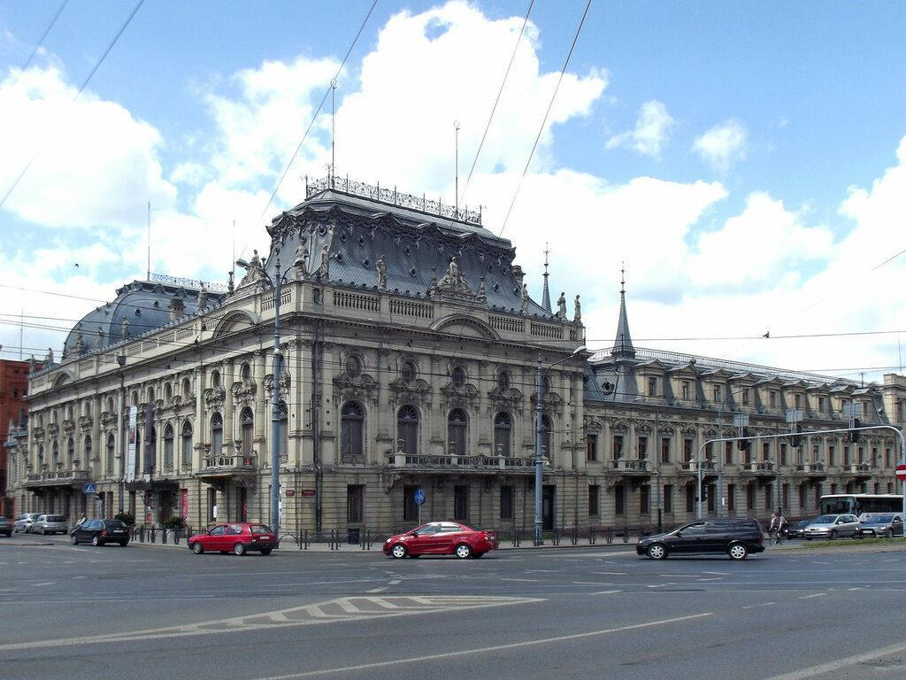 музей во дворце Познаньских в Лодзи